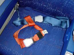 cinturón seguridad bebes avión