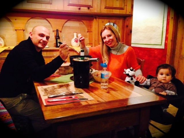 cenando fondue