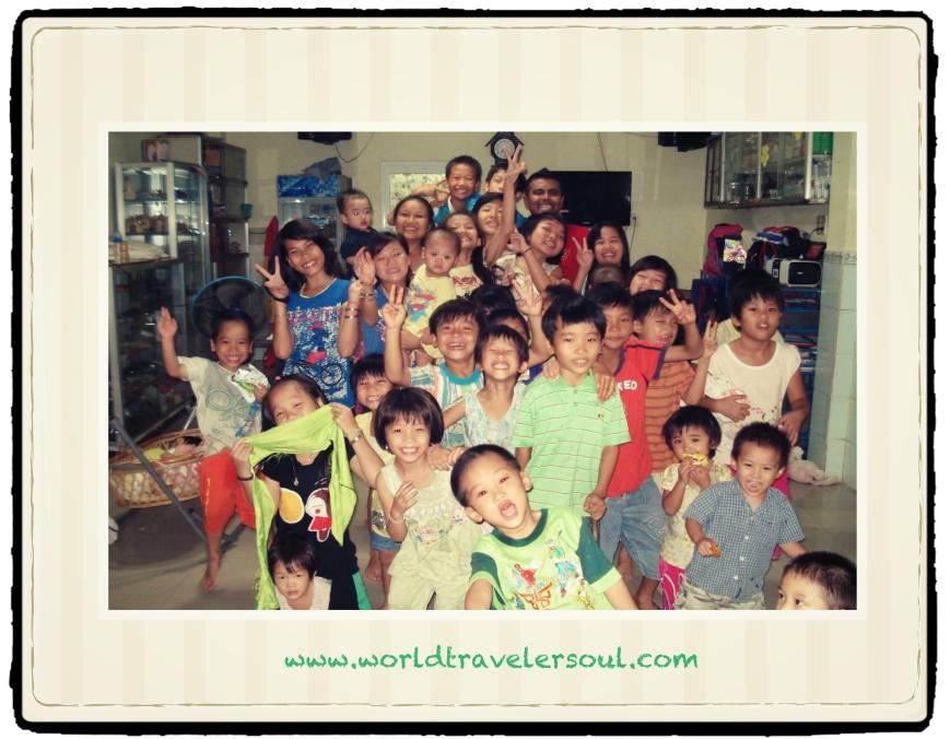Despedida Víctor Orfanato Ho Chi Minh.
