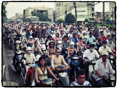 Atasco de motos en Saigón.