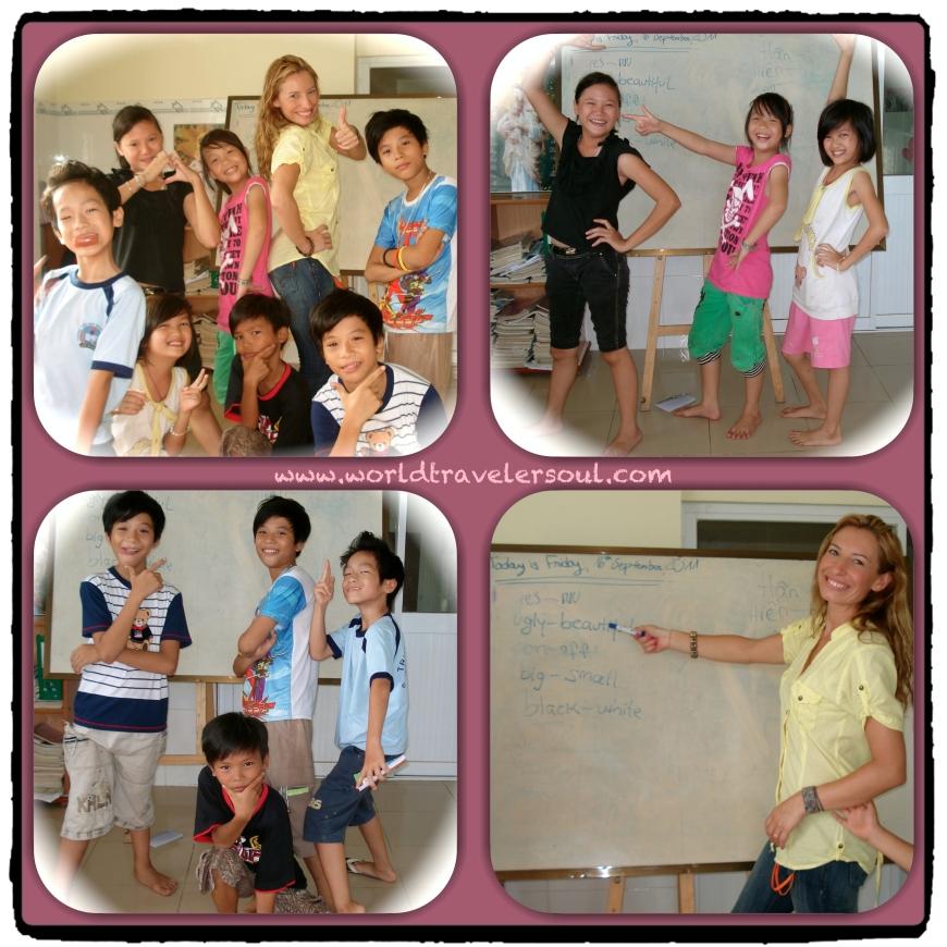 """Posando y haciendo """"el payaso"""" con mis estudiantes de inglés."""